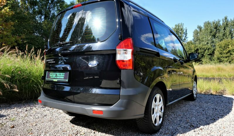 Ford Transit courier full