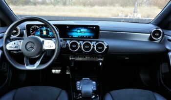 MERCEDES CLA180 AMG full